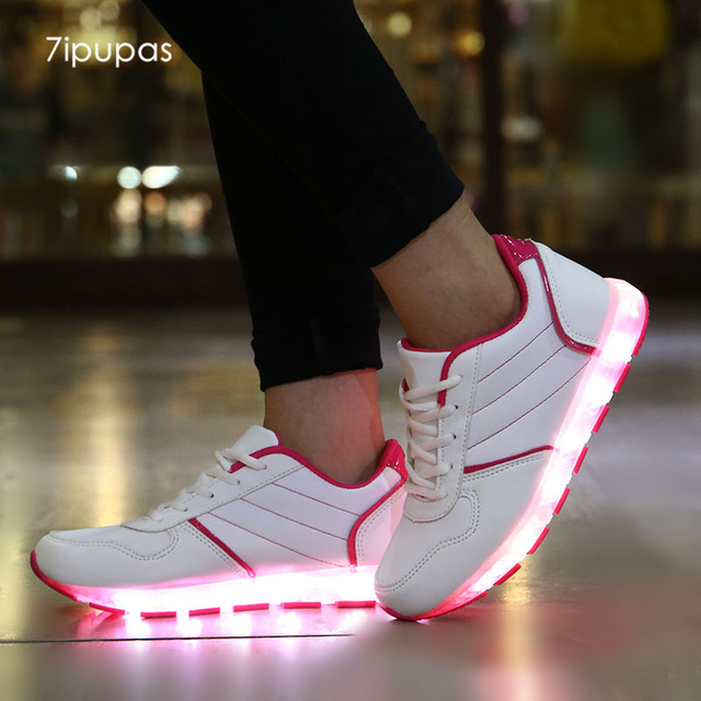 Hommes Femmes Chaussures LED Lampe Lacets Chaussures Couple Chaussures pour Enfant USB Charge i8Aly