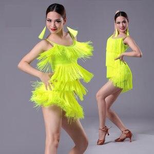 Image 1 - 2020 neue Mädchen Kinder erwachsene Moderne Ballroom Latin Dance Kleid quaste Fringe Salsa Tango Dance Tragen Schwarz Leistung Bühne Tragen