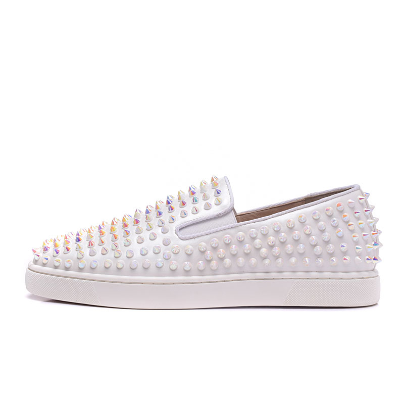 2019 nouvelle mode printemps/automne clouté pointes chaussures femmes vulcanisation chaussures Slip chaussures décontractées femmes hors blanc marque chaussures