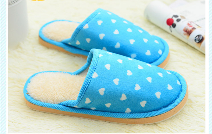 HTB1LUukaHr1gK0jSZR0q6zP8XXab Inverno Mulheres Quentes Chinelos Em Casa Coberta de Coração-em forma de EVA Leve Feminino Sapatos de Pelúcia Macia Casa Quarto Flip Flops Unisex