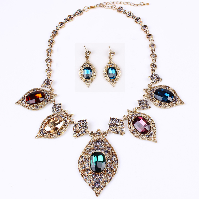 Retro Vintage Jewelry Sets Luxury Pendant Necklace Earrings Charms Water Drop Rhinestone Necklace For Gift Party
