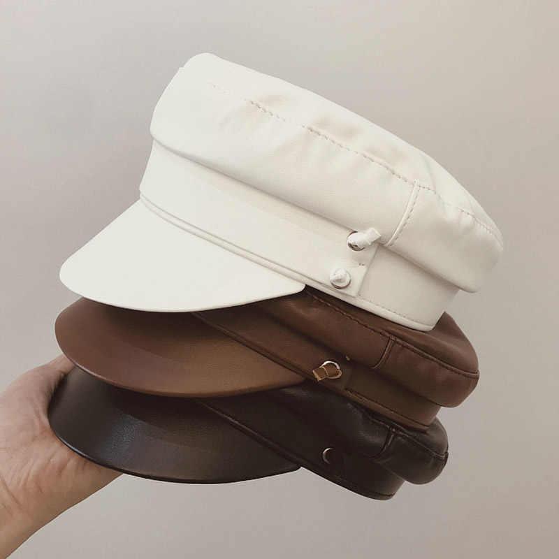 خريف شتاء جديد الموضة بو قبعة جلدية للنساء القهوة أسود أبيض موزع الصحف قبعة قبعات مسطحة أجرة قبعة الساتان اصطف قبعة عسكرية