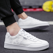 2018 Summer New Men Casual Shoes Breathable Wear Resistant Shoes Comfortable Hollow White Round Toe Lace up Flat Shoes   5 недорого