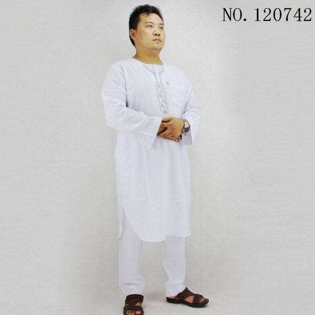 Cotton and linen T neck muslim men clothing 2 pieces Pakistani clothing Embroidery, arabe men thobe white kaftan