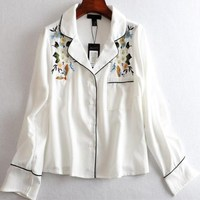 2018 Spring Fashion Causul Blouse Long Sleeves Print Flowers And Birds Embroidery Loose Women Shirt T