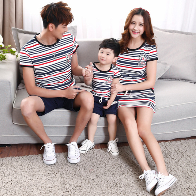 Family Set T-shirt and dresses,matching mother and Father and Son 2015 summer fashion Stripe lacing Casual Outfits clothes sets