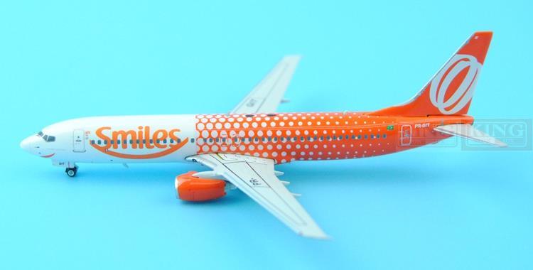 Phoenix 10821 Brazil Gore B737-800 PR-GIT Smiles-CS 1:400 commercial jetliners plane model hobby new phoenix 11207 b777 300er pk gii 1 400 skyteam aviation indonesia commercial jetliners plane model hobby