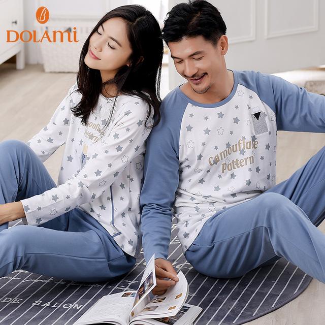 Estrelas da moda Juventude Pijama Conjunto Outono Manga Longa Pulôver de Algodão Família Matching Casal Pijamas Pijamas Para Mulheres & Mens