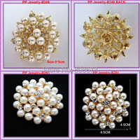 2PCS Mixed Brooches,Gold Tone Pretty Faux Pearl Flower Brooch With Crystals