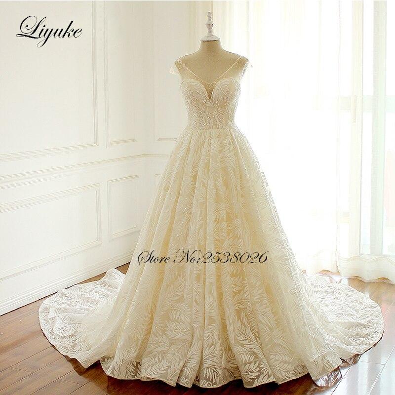 Elegant Tree Leaf Shape A-Line Wedding Dress Court Train With Deep V-neckline Lace Up Back Wedding Gown Robe De Mariage