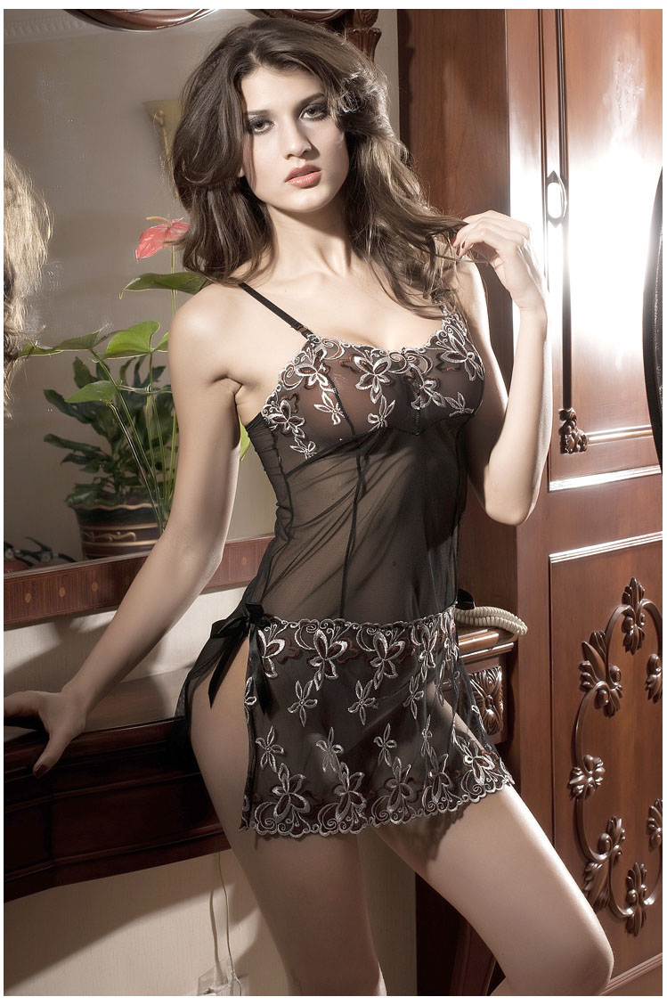 BDCOMPANY Creative 2015 Embroidery Sexy Lingerie Set Lady Print Perspective .