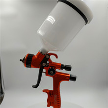 цена на free shipping, SOONRISE T60 car painting gun, LVLP spray gun,600cc plastic cup gravity feed type,1.3mm nozzle