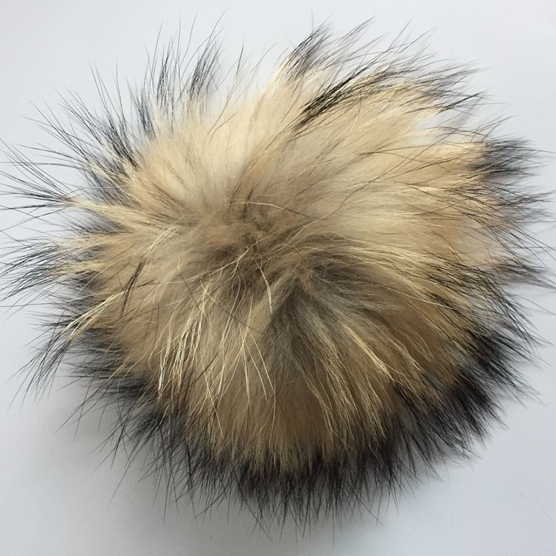 Fashoin 2018 real raccoon fur fluffy pompon 100 natural genuine fox fur pom pom 15cm caps women winter hats accessories in Women 39 s Skullies amp Beanies from Apparel Accessories