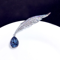 ASNORA High grade feather drop crystal brooch luxury atmosphere coat pin suit collar needle