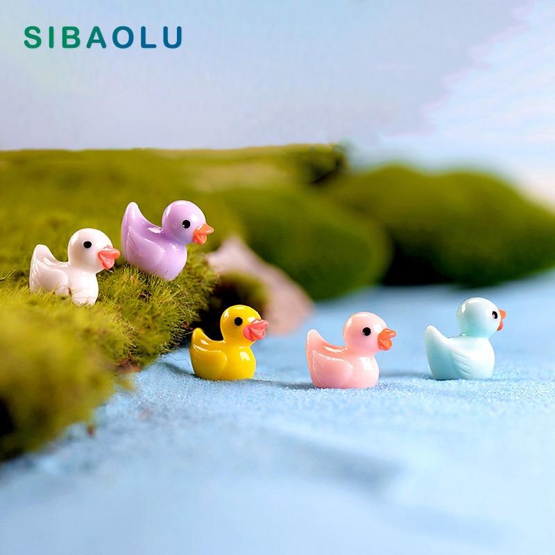 5pcs Colorful Duck miniature figures decor mini fairy garden cartoon animals Moss micro landscape ornaments resin baby toy
