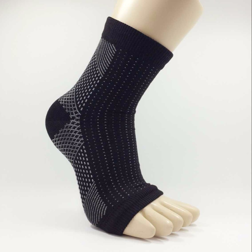 2018 Foot Socks Solid Compression Sleeve Anti Fatigue Angel Circulation Ankle Swelling Relief Wholesale New Arrival