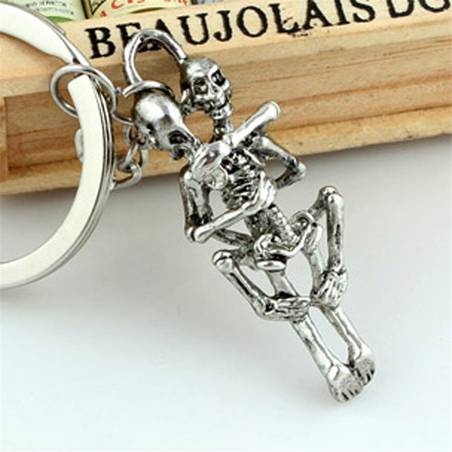 Punk Skull Keychain For Men Personalized Luxury Car Keychains For