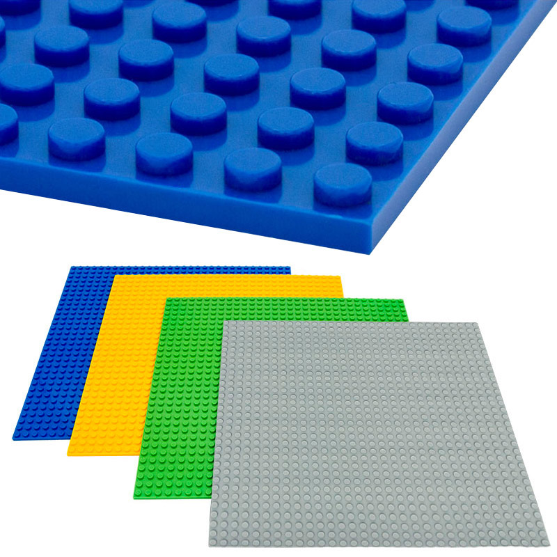 4 PCS 32*32 Dots DIY Baseplate for Small Bricks Blocks Base Plate Compatible LegoINGlys Technic Building  Series Toys Children 32 32 dots plastic bricks the island straight crossroad curve green meadow road plate building blocks parts bricks toys diy