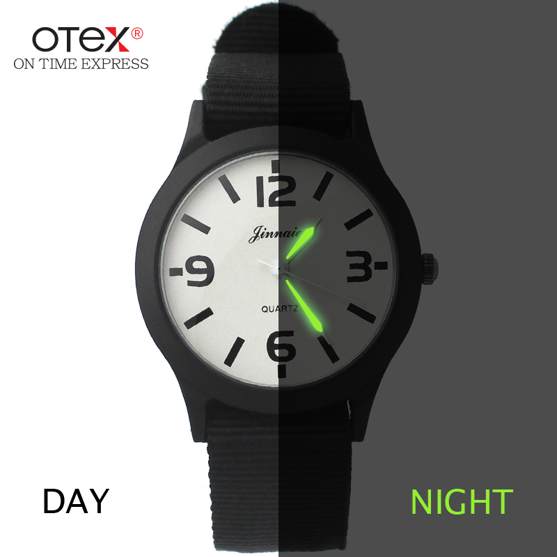 ot03 British contracted couples watch men and women