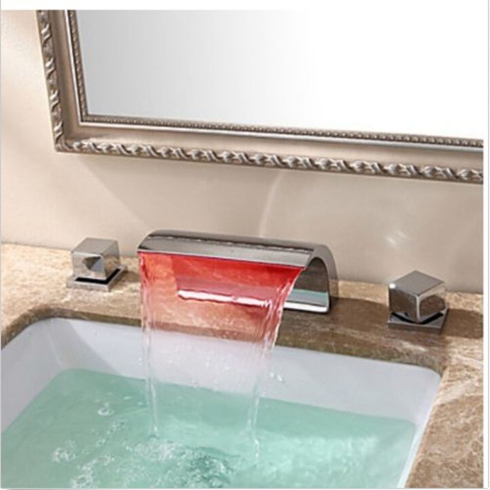 ФОТО LED Color Changing Chrome Widespread Bathroom Faucet Tub Sink Vanity Mixer Tap