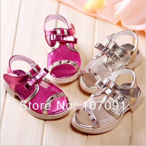 Girls summer anti-slip shoes princess crystal shoes Kids Sandals Baby  footwear Party Wear Red Silver shoes