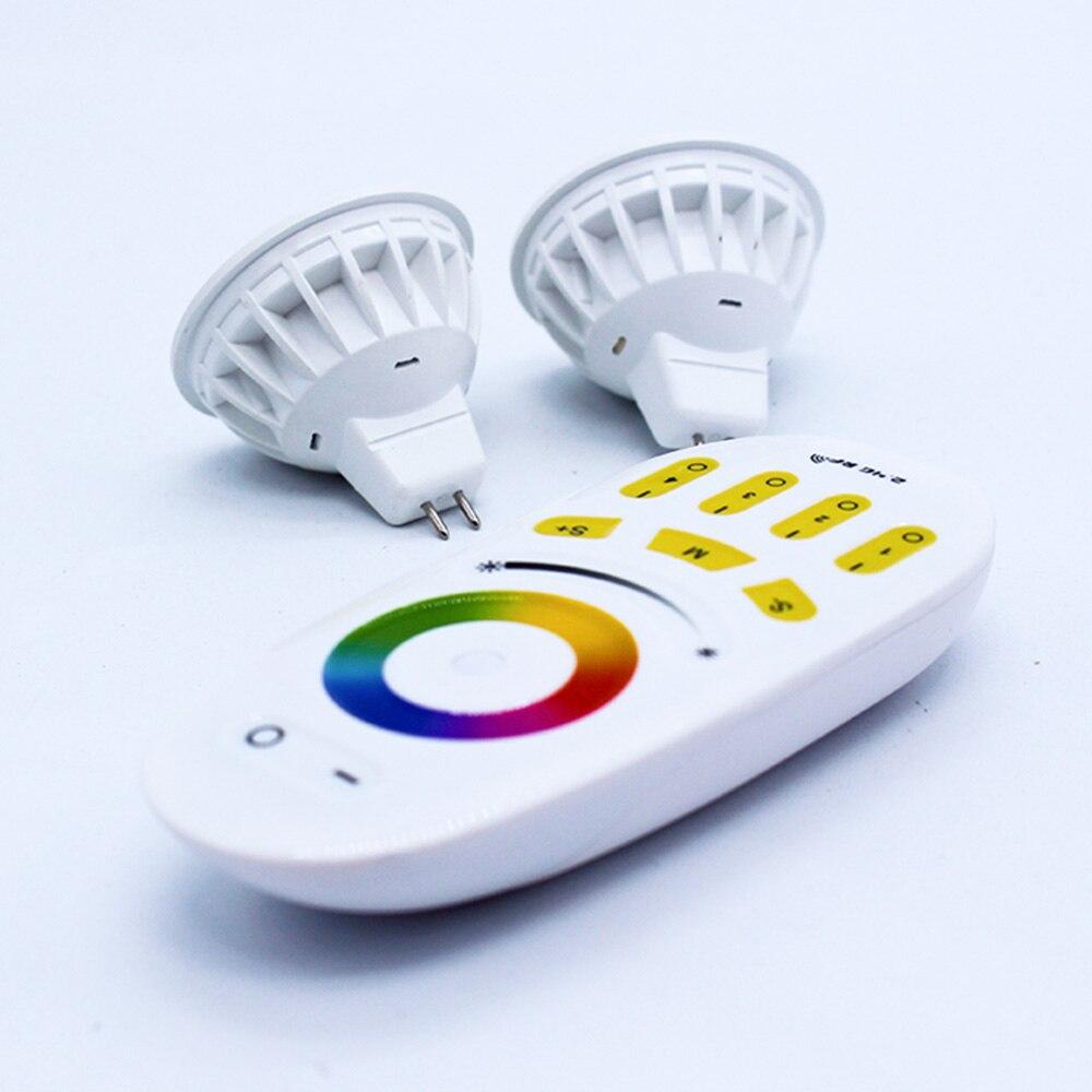 Lâmpadas Led e Tubos de controle remoto/painel de toque Vida Média (hrs) : 50000h