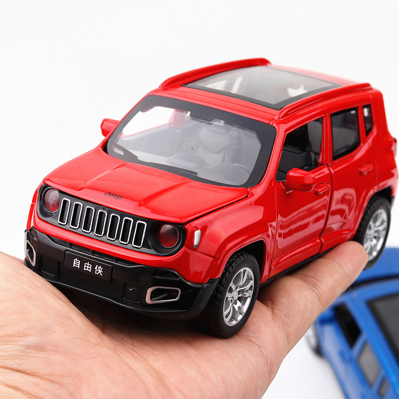 Electric Alloy mkd3 Scale Car Models Die-cast coche carro Toys for Children mkd3 1:32 auto Vehicle Jeep SUV Renegade Sound light