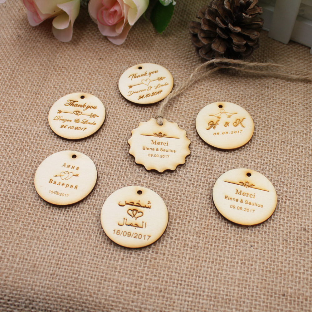 Personalized custom Engraved wedding name and date Round Circle Hang Tags Rustic wooden Wedding Gift Tags+Jute String