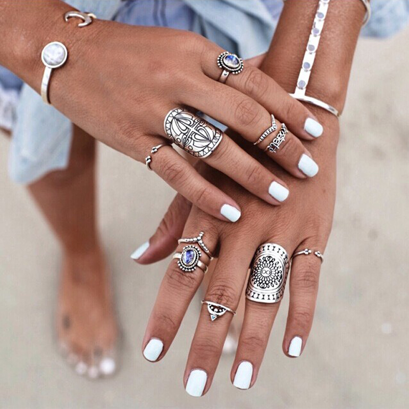 4pcs/1set Bohemia Boho Silver Carved Totem Finger Rings Set Beach Jewelry For Vintage Punk Style Women Girl Party Gifts
