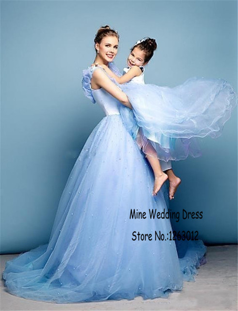Baru Gaun Prom Cinderella V Neck Mengacak Acak Tulle Cahaya Langit