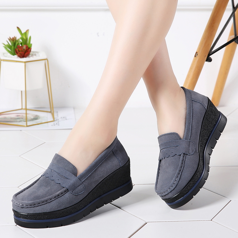 TKN 2019 Spring women flats shoes thick sole flat platform sneakers   leather     suede   casual shoes slip on flats creepers shoes 775
