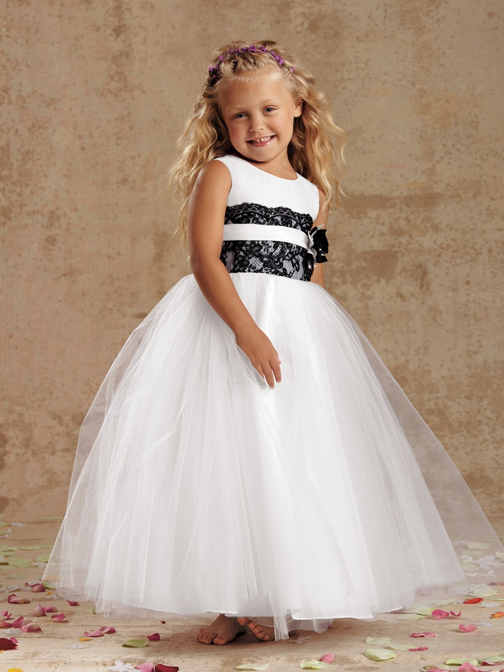 Online get cheap black and white tulle flower girl dresses pretty puffy ball gown black lace white tulle flower girl dresses for weddings little girls communion dresses tank top mightylinksfo
