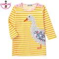 Novo 2017 Luva Longa Das Meninas Casual Vestido de Algodão 100% Crianças vestido Listrado Amarelo Pato Patches Próximo Estilo de Roupa para Crianças roupas