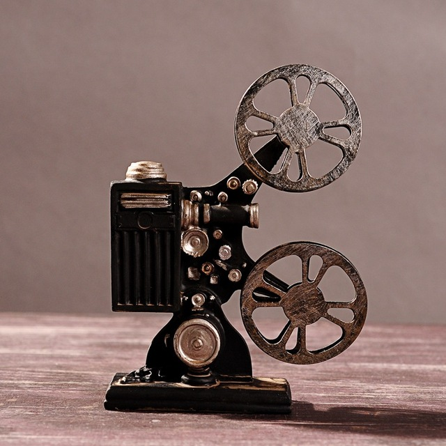 Hot selling creative vintage projector model retro resin for Antiques decoration