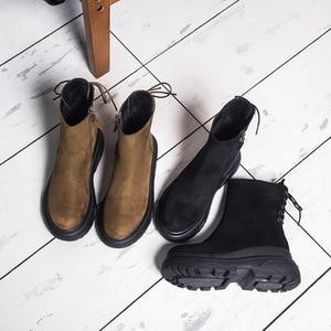 Image 2 - SWYIVY مارتن الأحذية امرأة عودة الدانتيل Auutmn الشتاء المخملية الرجعية الثلوج الأحذية منصة الإناث الدافئة الشتاء حذاء كاجوال 2018 التمهيد