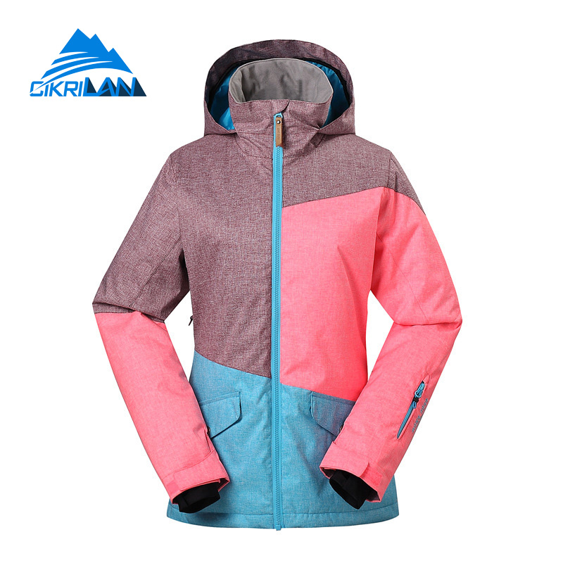 Girls Ski Jackets and Coats (Ages ) Any girl who spends time on the slopes during the wintertime needs a comfy and cozy ski jacket to keep her warm. Whether she's skiing on the East Coast or West Coast, a warm, technical ski jacket is a necessity.
