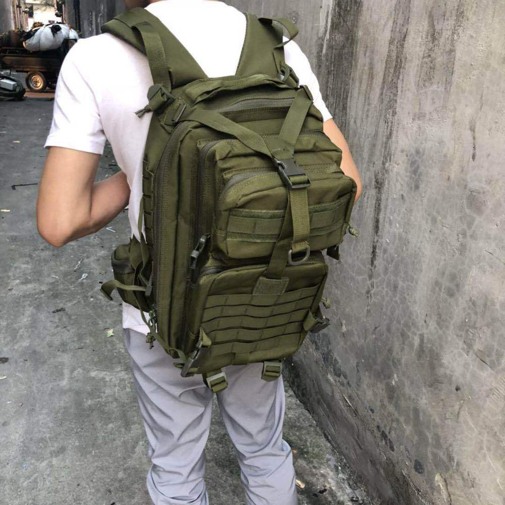 Sports de plein air sac à dos randonnée sac à bandoulière sac à bandoulière 35L multi-fonction MOLLE Expansion imperméable à l'eau paquet tactique