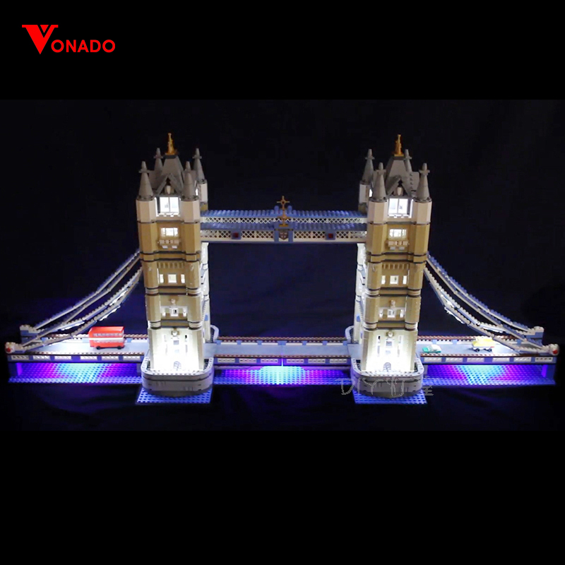 HA CONDOTTO LA Luce Kit per lego 10214 Compatibile 17004 Creatore Esperto di London bridge Costruzione di Blocchi di Mattoni (solo la luce con la Batteria box)