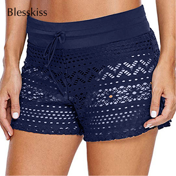 e554169b5ef0 BLESSKISSS encaje Crochet Shorts de baño para las mujeres Sexy malla Plus  tamaño traje de baño Bikini cubierta falda ropa de playa