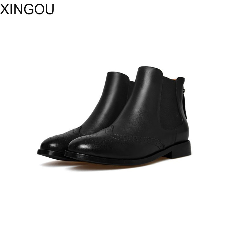 New fashion 2018 Genuine Leather women's boots Fretwork pointed Chelsea boots women solid Martin Female Square heel Ankle Boots new arrival superstar genuine leather chelsea boots women round toe solid thick heel runway model nude zipper mid calf boots l63