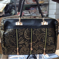 Women Messenger Bags Louis New Princess Lace Bag Is Hollow And Portable Crossbody Bag Tote Shopping