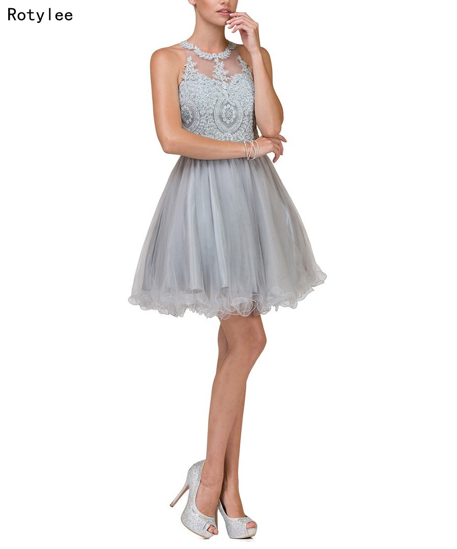 A-Line O-Neck Short Silver   Prom     Dresses   With Lace Appliques Homecoming   Dresses
