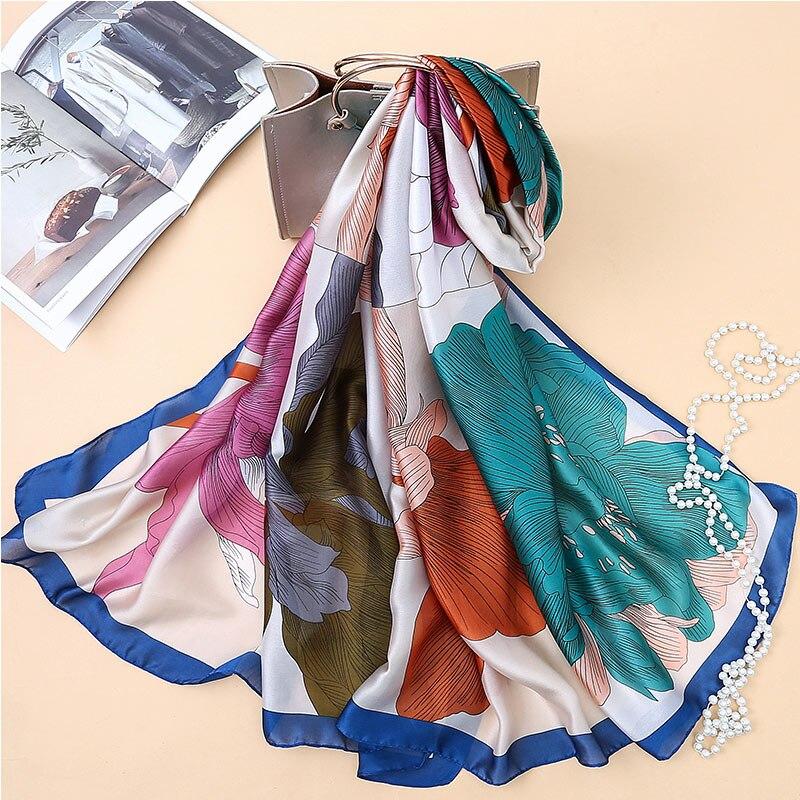 7373efd758f0 2019 marque de luxe Femmes foulard en soie châle de plage et d été Wrap  Encre Grande Fleur foulards avec impression femelle plage Étoles bandana  dans ...