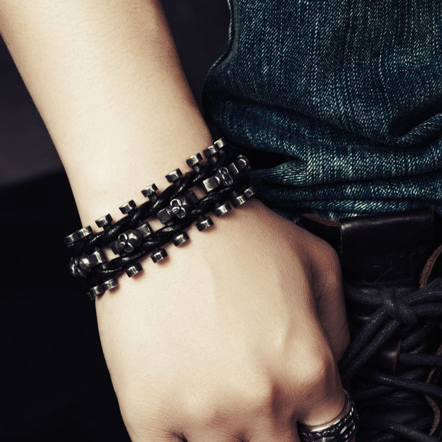 WIDE SKULL SKELETON LEATHER BRACELET