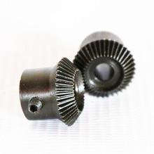2Pieces/Lot 0.5M-30/30T -1:1 Precision Umbrella Standard Bevel Gear -Diameter: 16 (hole d:6mm)