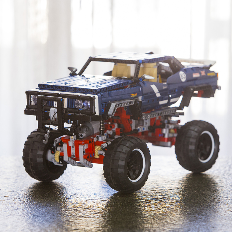 In Stock 20011 Technic Series Remote Control Off road 1605pcs Limited Edition Vehicles Electric Motors 41999