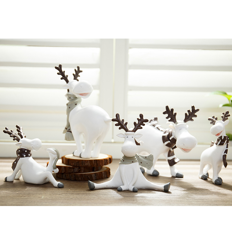 Ornaments Christmas Deer Figurines Set Decorations for New Year Decoration Toys Resin Animal