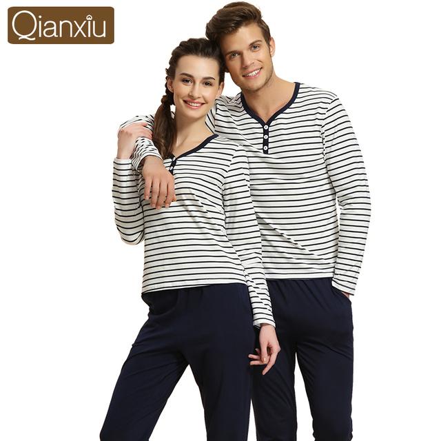 Qianxiu Marca Casal Pijamas Set Outono Primavera de Algodão Listrado Camisa & Bottoms Pijamas Mulheres Homens Pijamas roupa Em Casa Salão