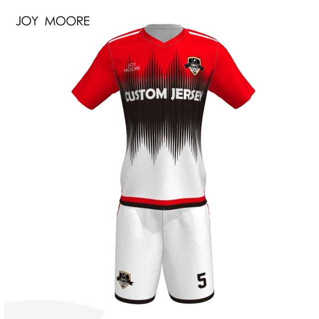 cf74900c310f1 2018 nueva llegada conjunto del jersey de fútbol personalizado retro club  de fútbol Jersey
