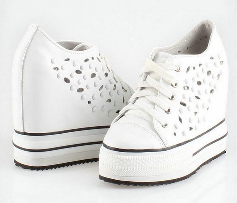 Hauteur Dames Cyabmoz forme Femme Véritable White Chaussures Tenis Mujer Rivet Plate En Talons Femmes Zapatos Cuir Creux Feminino Haute Croissante q65x7Cq